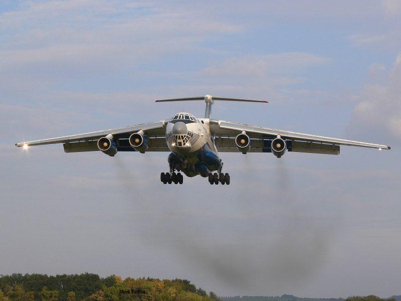 Центр-2019. Россия проводит крупнейшее в истории десантирование