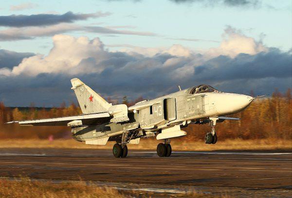 Су-24 взлёт