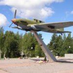 Памятник Ил-2 в Лебяжьем