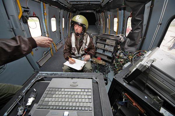 В салоне Ми-38 во время армейских испытаний