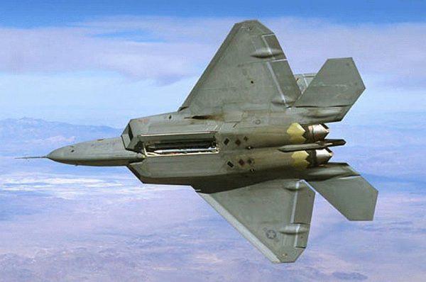 Американский F-22 (Раптор)