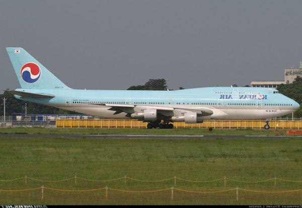 БОИНГ 747-300